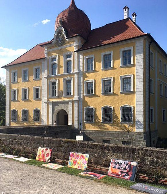 Salonloewe Wohnmatten auf Schlossbesuch